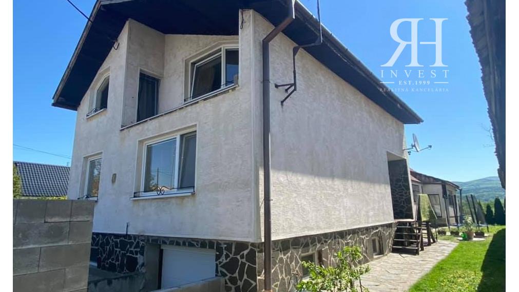 REZERVOVANÉ! Dom na predaj vhodný na ubytovňu v Čakajovciach
